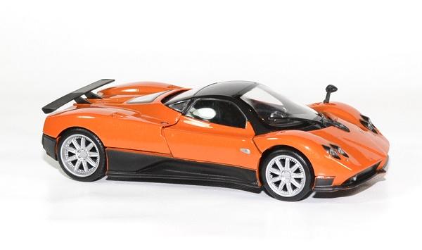 pagani zonda f orange miniature motor max 1 24 mmax73369or. Black Bedroom Furniture Sets. Home Design Ideas