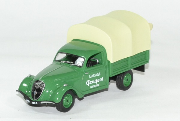 Peugeot 202 pick up 1947 norev 1 43 autominiature01 1