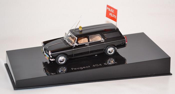 Voitures Et Camions Miniatures De Gendarmerie