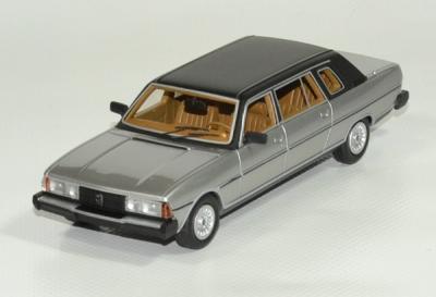 Peugeot 604 limousine grise 1978