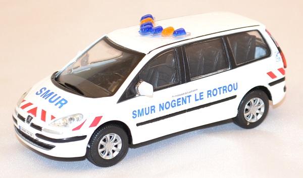 Peugeot 807 smur nogent le rotrou 1 43 oliex miniature auto autominiature01 com 1