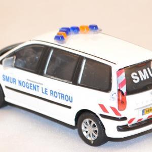 Peugeot 807 smur nogent le rotrou 1 43 oliex miniature auto autominiature01 com 3