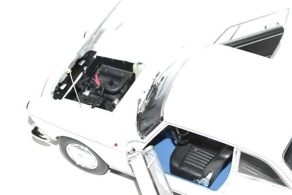 Peugeot404 coupe blanc 1967 norev 1 18 autominiature01 1