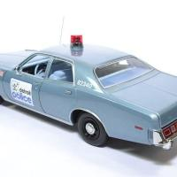 Plymouth fury 1977 detroit police greenlight 1 18 autominiature01 19069 2