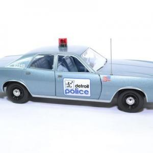 Plymouth fury 1977 detroit police greenlight 1 18 autominiature01 19069 4