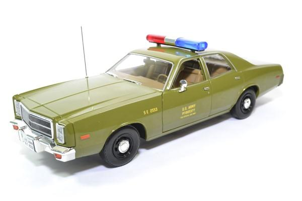 Plymouth fury a team 1977 police militaire greenlight 1 18 autominiature01 19053 1
