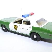 Plymouth fury police chicksaw 1975 greenlight 1 18 autominiature01green19076 2