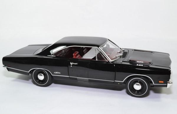 Plymouth gtx hard top 1969 noir amm 1 18 amm1204 autominiature01 5