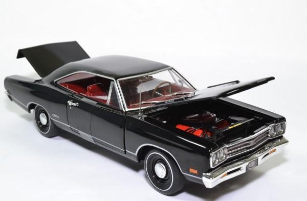 Plymouth gtx hard top 1969 noir amm 1 18 amm1204 autominiature01 6