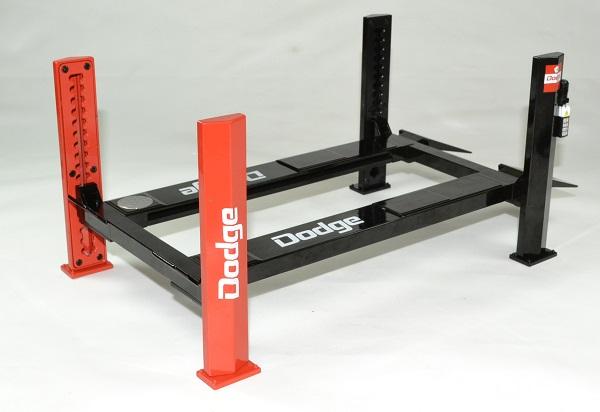 Pont elevateur accessoire 1 18 dodge greenlight autominiature01 2