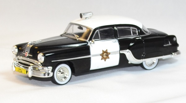 Pontiac chieftain 1954 police whitebox 1 43 autominiature01 1