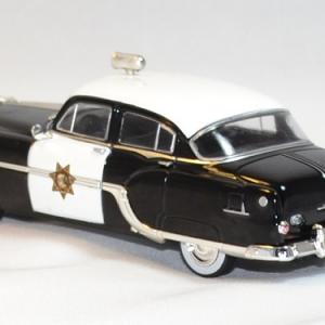 Pontiac chieftain 1954 police whitebox 1 43 autominiature01 2
