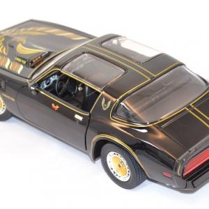Pontiac firebird trans am 1980 bandit 1 18 greenlight autominiature01 com 3