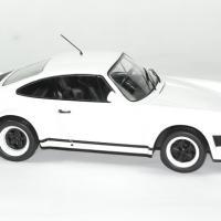 Porsche 911 1982 version course ixo 1 18 autominiature01 3