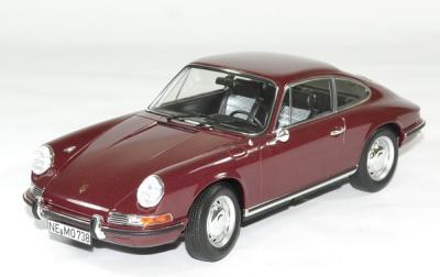Porsche 911 T 1969 rouge foncé