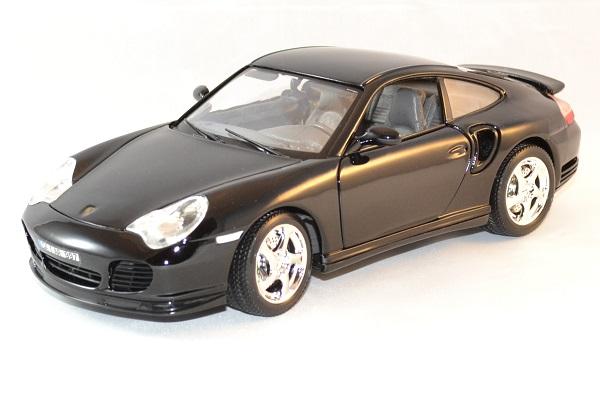 Porsche 911 turbo 1 18 bburago autominiature01 1