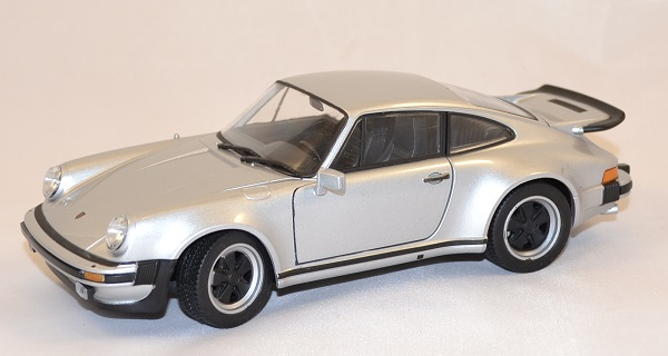 Porsche 911 turbo 3 0 1974 welly 1 24 autominiature01 1