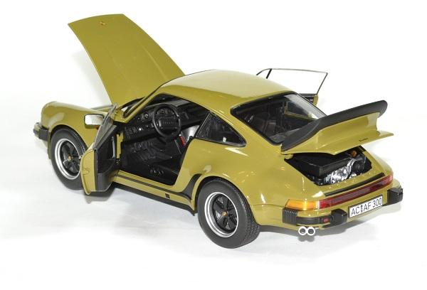Porsche 911 vert olive 1977 norev 1 18 autominiature01 4