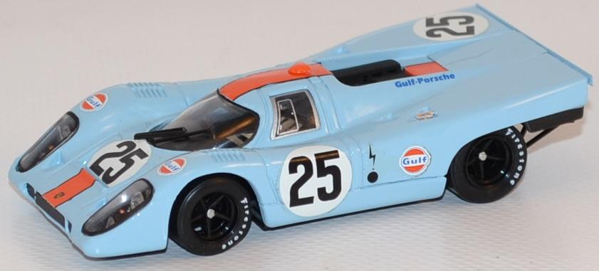 Porsche 917k 1970 jwa gulf spa 1 43 brumm autominiature01 com brur556 1