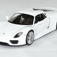 Porsche 918 spyder 1 24 welly autominiature01 2