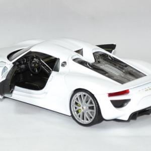 Porsche 918 spyder 1 24 welly autominiature01 4