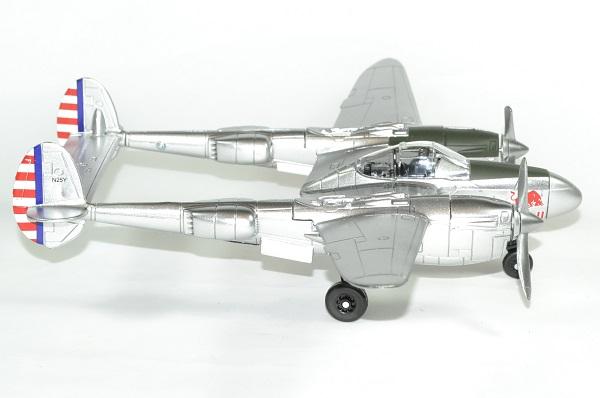 Red bull p38 lightning avion 1 48 new ray autominiature01 3