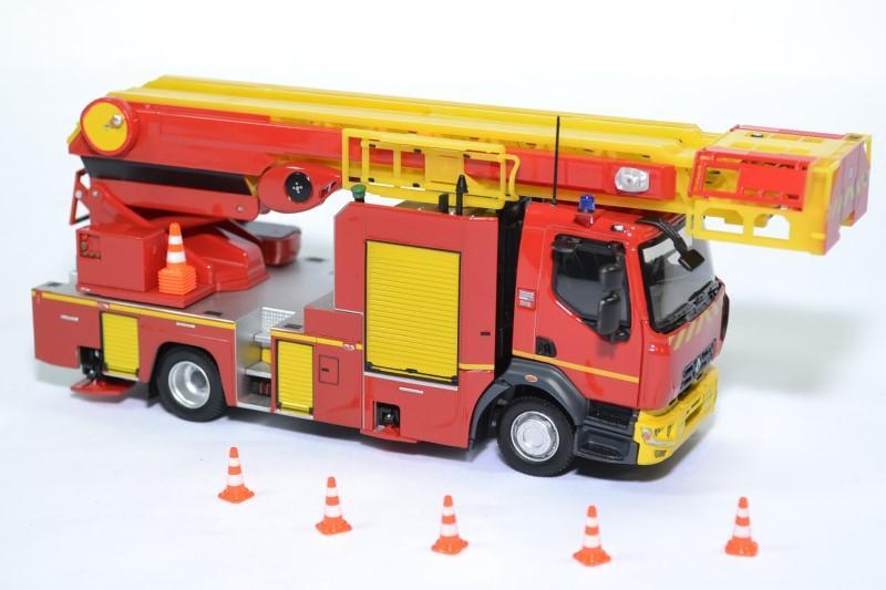 Renault d16 echelle sapeurs pompiers epc 33 eligor 1 43 116643 autominiature01 2