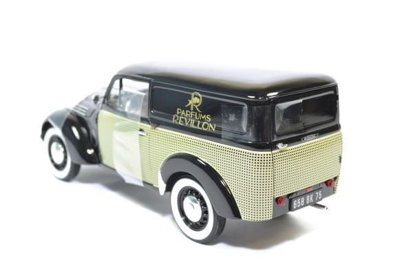 Renault juvaquatre 300kg 1953 revillon 1 18 norev autominiature01 185261 2