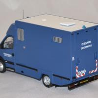 Renault mascott gendarmerie garde republicaine 1 43 perfex 3