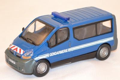 Renault trafic minibus gendarmerie nationale 1 43 oliex miniature autominiature01 com 1