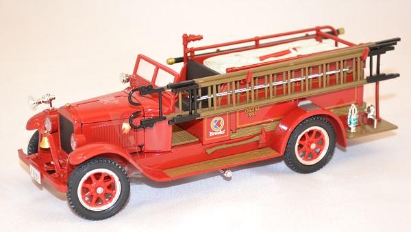 Reo 1928 pompier 1 43 signature miniature auto autominiature01 com 1