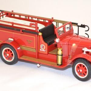 Reo 1928 pompier 1 43 signature miniature auto autominiature01 com 2