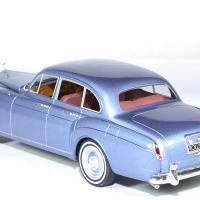 Rolls royce silver cloud mulliner 1965 mcg 1 18 autominiature01 2