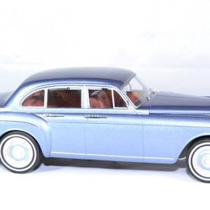 Rolls royce silver cloud mulliner 1965 mcg 1 18 autominiature01 3