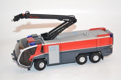 Rosenbauer Panther 6x6 pompier aéroport avec bras