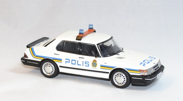 Saab 900i police suede 1987 ixo 1 43 autominiature01 3