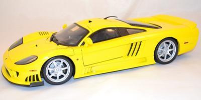 Saleen S7 jaune 1/12 Motor max