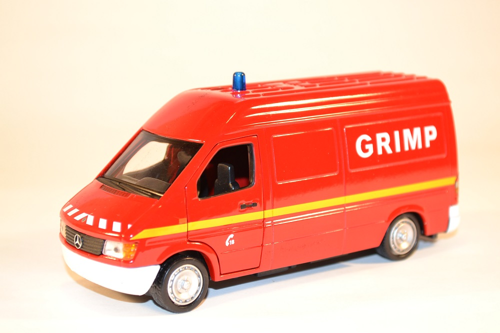 Sapeurs pompiers solido mercedes benz sprinter grimp 1 43 raceautostore 1