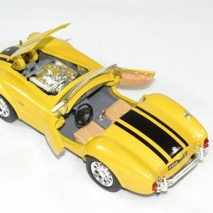 Shelby cobra 427 1965 jaune 1 24 maisto autominiature01 4
