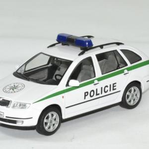 Skoda fabia combi police tcheque 1 43 abrex autominiature01 1