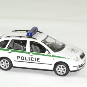 Skoda fabia combi police tcheque 1 43 abrex autominiature01 3