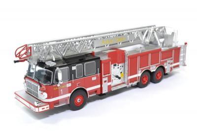 Smeal 105 Echelle Aérienne 2015 Pompiers américains
