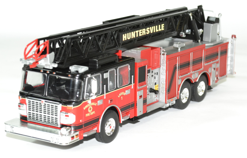 Smeal echelle pompiers us 1 43 2014 ixo autominiature1 trf002 1