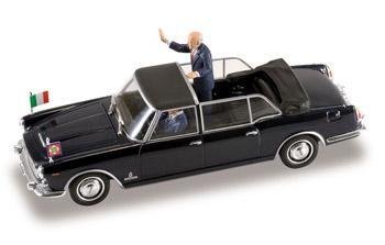 Lancia Flaminia Presidenziale Giorgio Napolitano Starline 1-43