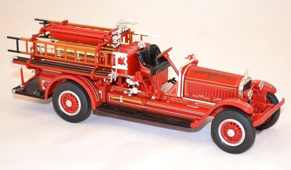 Stutz model c pompier 1924 yatming miniature auto autominiature01 com 2