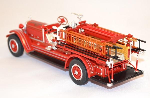 Stutz model c pompier 1924 yatming miniature auto autominiature01 com 3