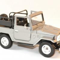 Toyota fj 40 gris decapote 1 24 motor max autominiature01 2