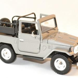 Toyota fj 40 gris decapote 1 24 motor max autominiature01 2
