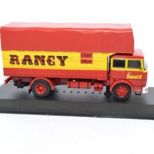 Unic 220 cirque rancy 1979 ixo 1 43 autominiature01 tru023 3