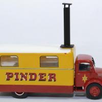 Unic cuisine pinder cirque 1952 promocar direkt 1 43 autominiature01 l12c2 3